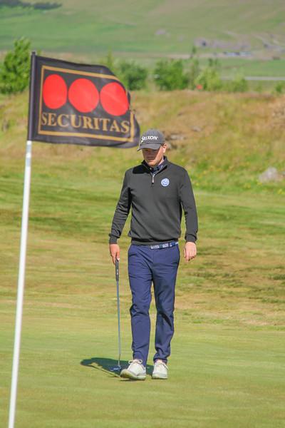 Ólafur Björn Loftsson, GKG, á 9. flöt á Akranesi.  Mynd/seth@golf.is