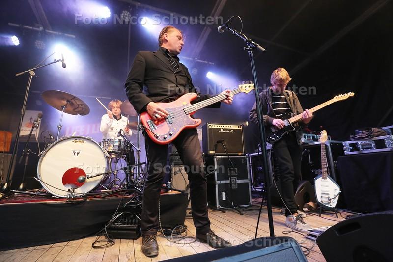 Life a Live -The Miseries op het Lange Voorhout - DEN HAAG 26 APRIL 2015 - FOTO NICO SCHOUTEN