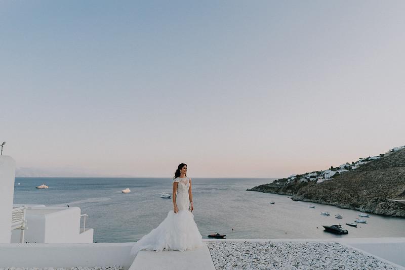 Tu-Nguyen-Destination-Wedding-Photographer-Mykonos-Katherine-Benji-407.jpg