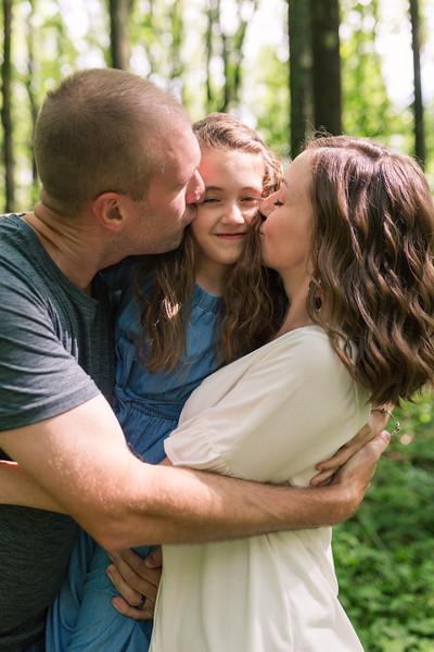 20200618-Ashley's Family Photos 20200618-43.jpg