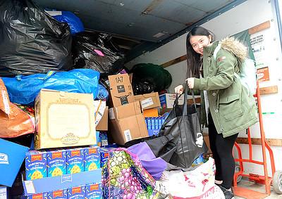 Lake Ridge students collect donations