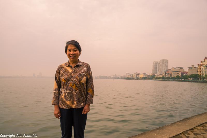 Hanoi Sunrise October 2014 174.jpg