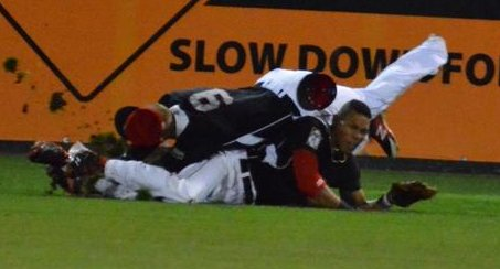 """. 1. BYRON BUXTON <p>Twins prospect�s first Double A game is a real knockout. (unranked) </p><p><b><a href=\""""http://www.twincities.com/twins/ci_26332539/minnesota-twins-byron-buxton-injured-violent-outfield-collision\"""" target=\""""_blank\""""> LINK </a></b> </p><p>    (Courtesy photo: Scott Blanchette, New Britain Rock Cats)</p>"""