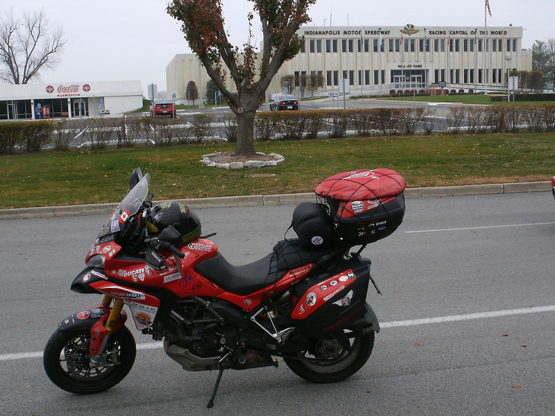 Paolo visits the infamous Indianapolis Motor Speedway race circuit (Dec2010)