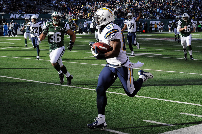 . San Diego Chargers wide receiver Micheal Spurlock (87) runs for a 63-yard touchdown punt return during the first half of an NFL football game against the New York Jets, Sunday, Dec. 23, 2012, in East Rutherford, N.J. (AP Photo/Bill Kostroun)