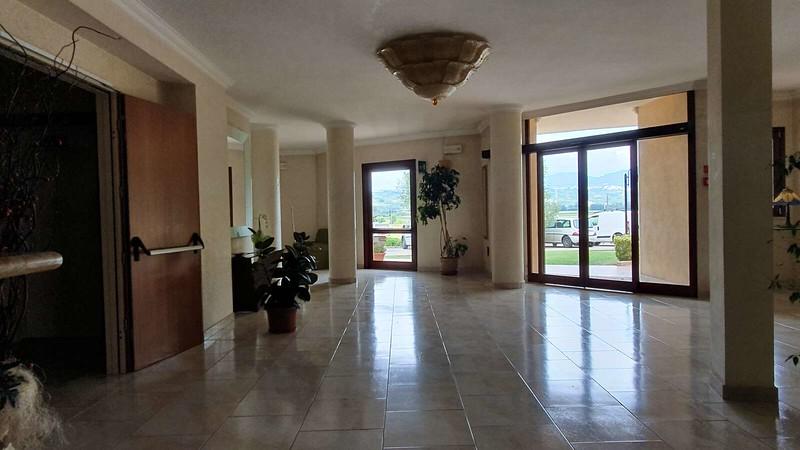 005 -  ROMA DOMUS HOTEL - LOBBY.jpg