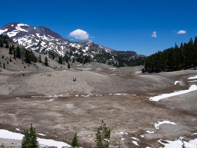 South Sisiter and the Wickiup Plain (pumice and ash)