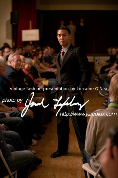 vintage_fashion_show_09_f1779656.jpg