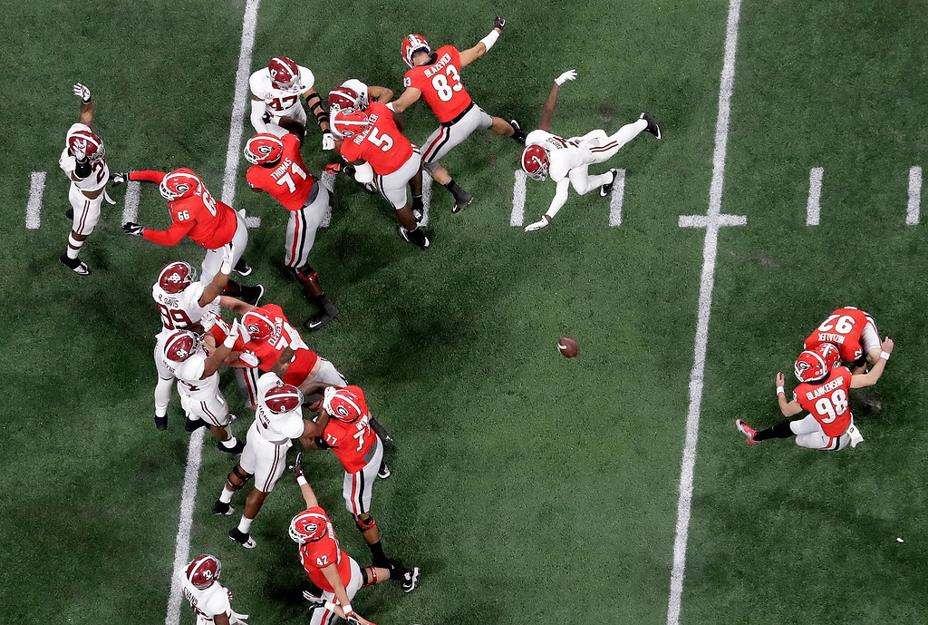 . Georgia place kicker Rodrigo Blankenship makes a field goal during the first half of the NCAA college football playoff championship game against Alabama Monday, Jan. 8, 2018, in Atlanta. (AP Photo/John Bazemore)