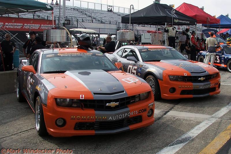 MOMENTUM RACE GROUP CAMARO GS.R