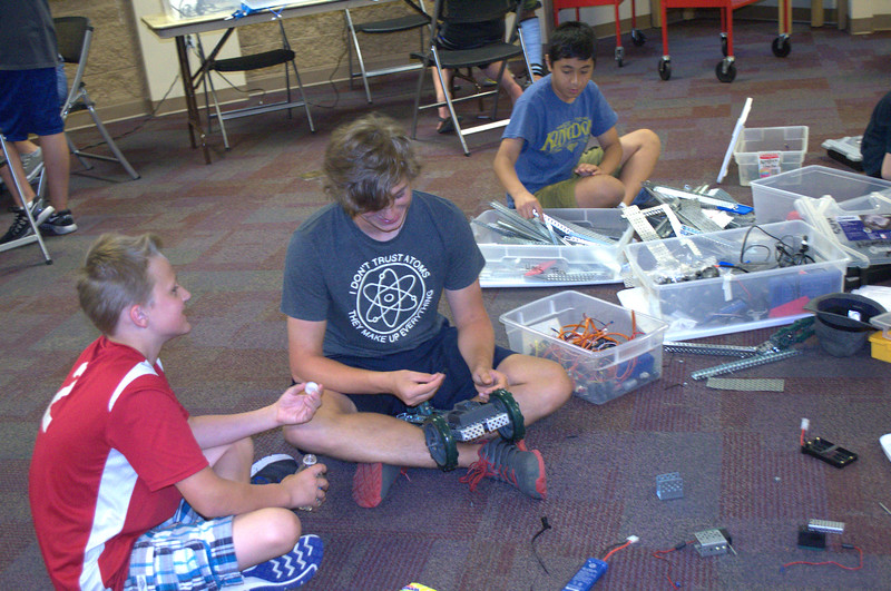 robotics_club (2).jpg