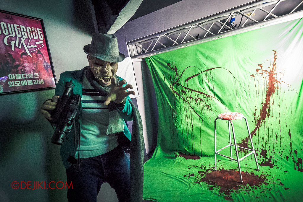 Halloween Horror Nights 7 Review - Make The Cut haunted house / Photo studio