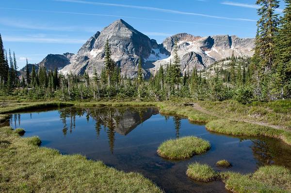 Gwillim Lakes