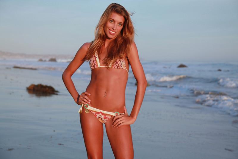 bikini 45surf bikini swimsuit model hot pretty beach surf socal 855,.kl,,..jpg
