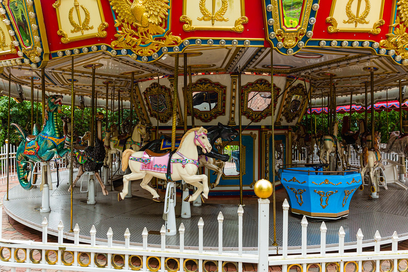 The merry-go-round at the Palm Beach Zoo in West Palm Beach stands silent on Monday, April 6, 2020. The zoo has been closed since March 18 due to the coronavirus outbreak. [JOSEPH FORZANO/palmbeachpost.com]