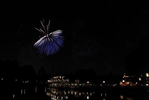 Disneyland by Night - 6.11.08