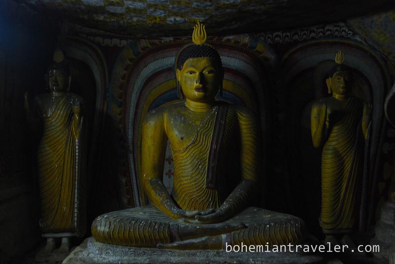 Cave Temples at Dambulla (15).jpg