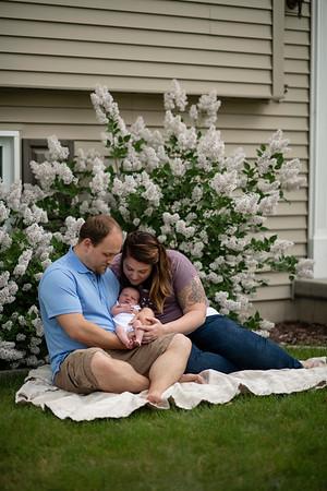 Olivia | Fond du Lac Wisconsin Spring Newborn Session