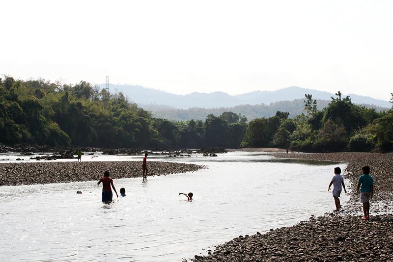 River_backlit_6x9x300