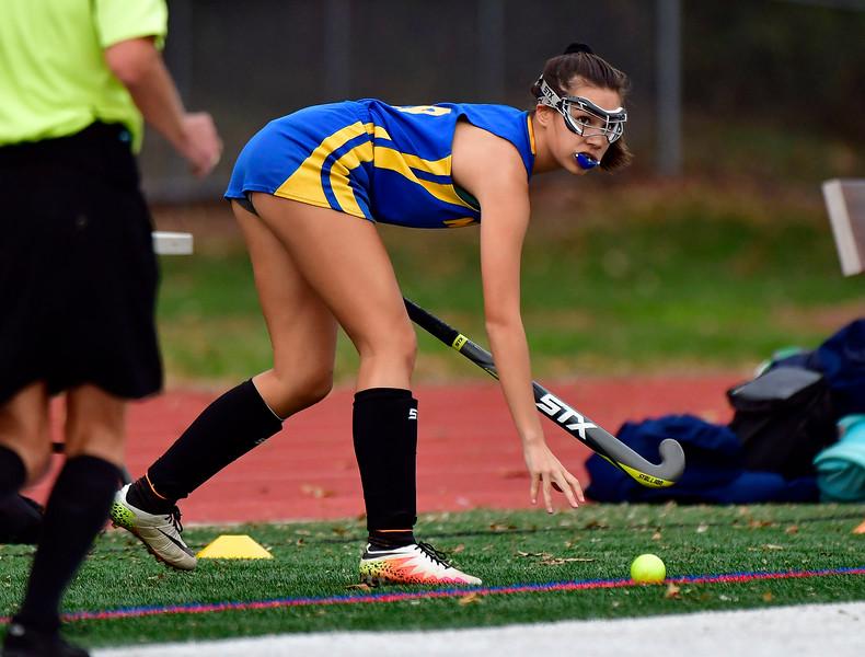 11/1/2018 Mike Orazzi | Staff Newington's Chloe Mamaclay (9) during field hockey at Farmington High School Thursday.