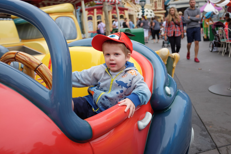 Disneyland 2016-5129.jpg