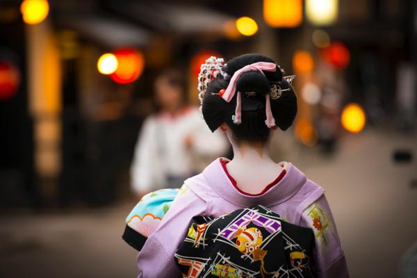Fukumusume at Ebisu Shrine by D. Moritz Marutschke on 500px.com