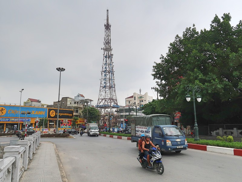 IMG_2199-vinaphone-tower.jpg