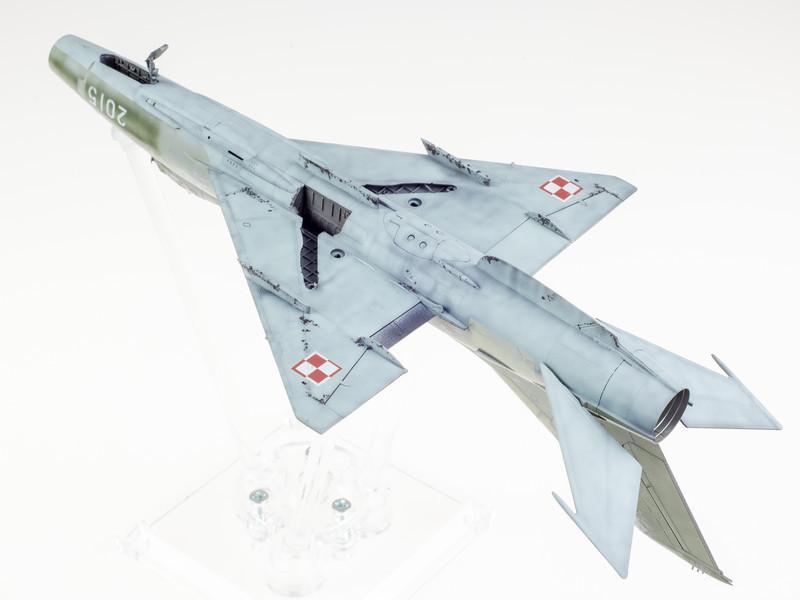Trumpeter MiG-21F-13 04-02-14-3.jpg