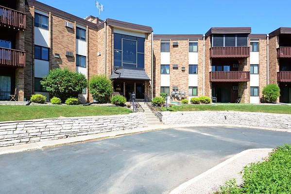 2700 Oxford (June 2020), Roseville