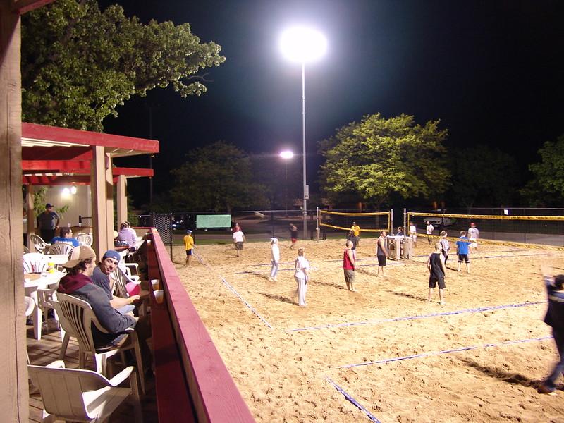 2005-5-20 Volleyball  005.jpg