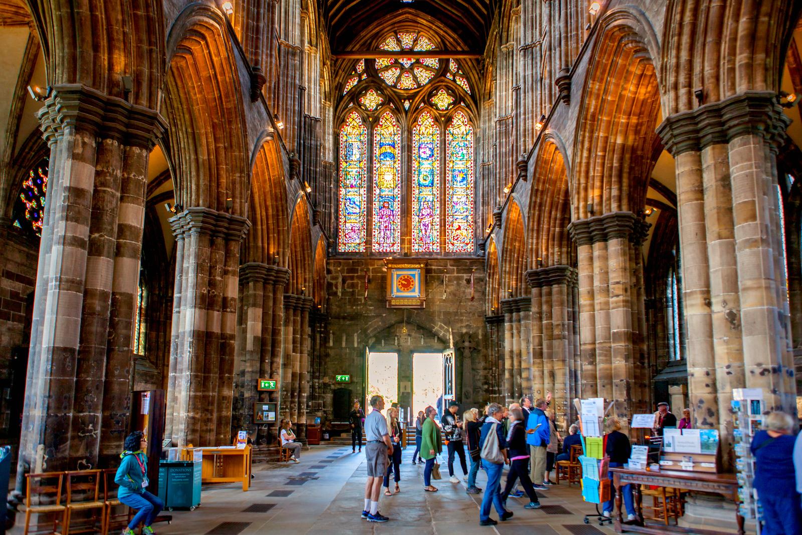 苏格兰格拉斯哥大教堂,光彩夺目的建筑