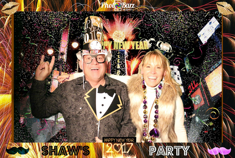 Shaws NYDay Party (77).jpg