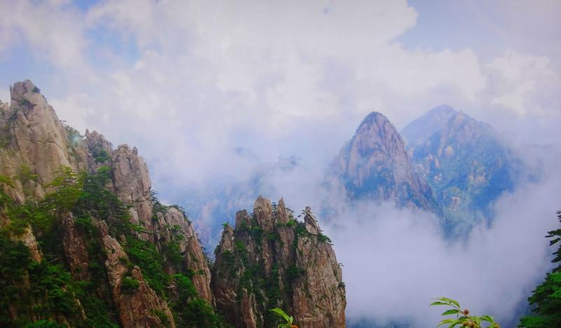 Mountains 2.JPG
