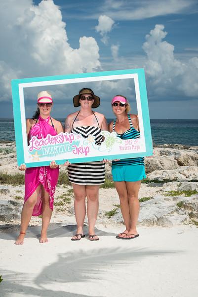 50000_LIT-Photos-on-the-Beach-1013.jpg