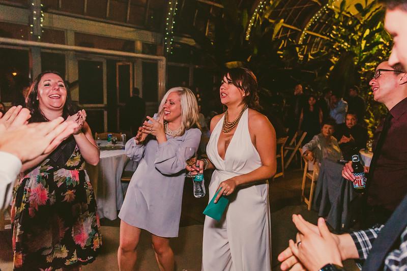 Garfieldpark-conservatory-wedding-217.jpg