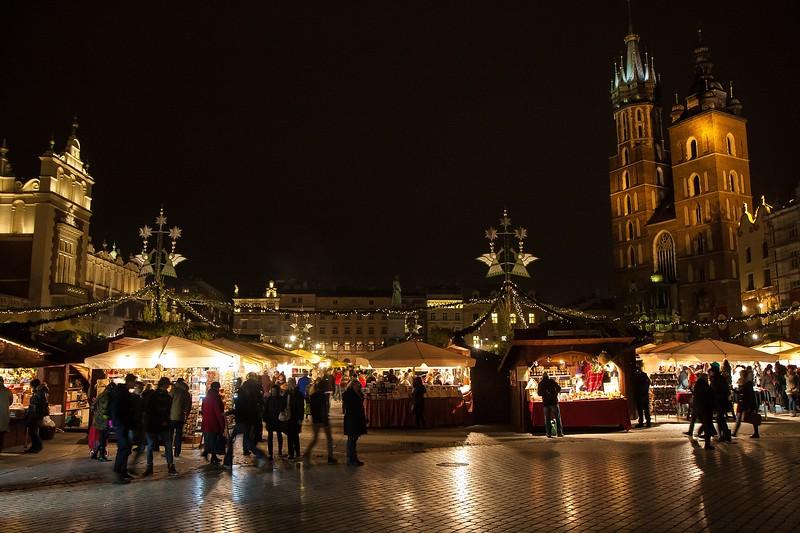 christmas-in-krakow-garrett-ziegler-christmas.jpg