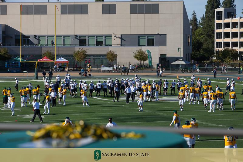 Football vs. Eastern Oregon 9.5.15-3.jpg
