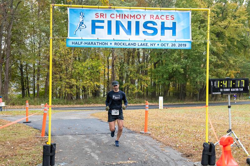 20191020_Half-Marathon Rockland Lake Park_236.jpg