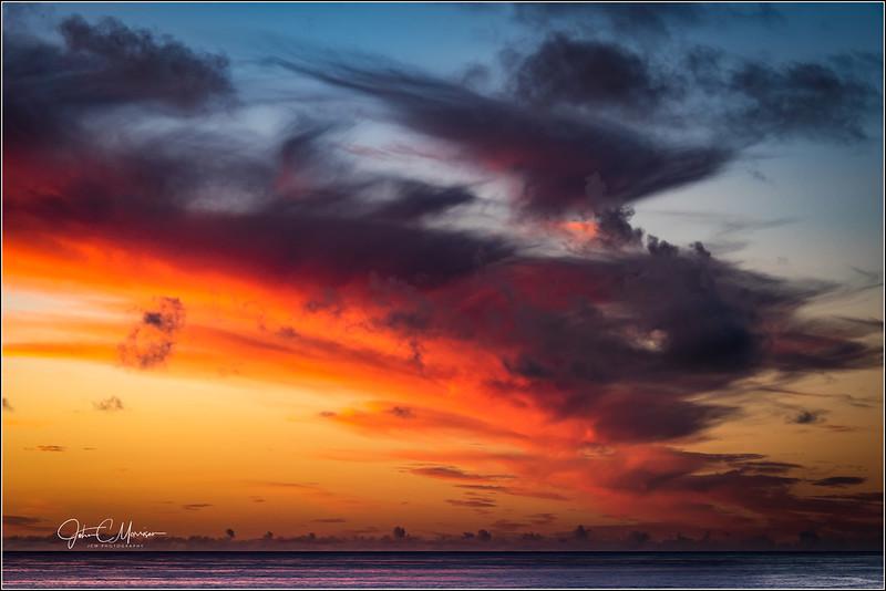 JM8_2977 Sunset Tasman Sea L r2 W.jpg