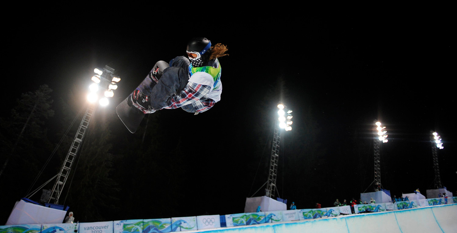 . Shaun White of the USA compete in the men\'s halfpipe final at the Vancouver 2010 Olympics in Vancouver, British Columbia, Wednesday, Feb. 17, 2010. (AP Photo/Mark J. Terrill)