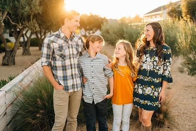 Kienow Family 2018 (Kelsey)