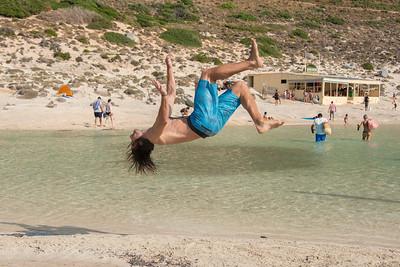 ATHENS PARKOUR ACADEMY AT PLAY ON BALOS BEACH