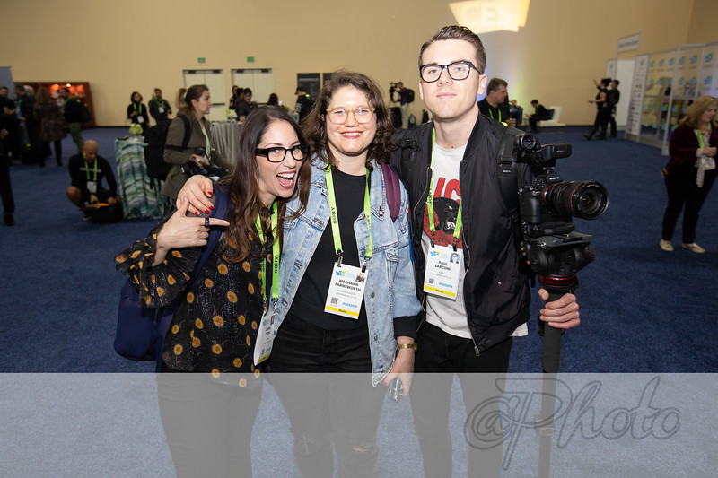 #CES2019 with @Photo Running wild!! @LaurenGoode