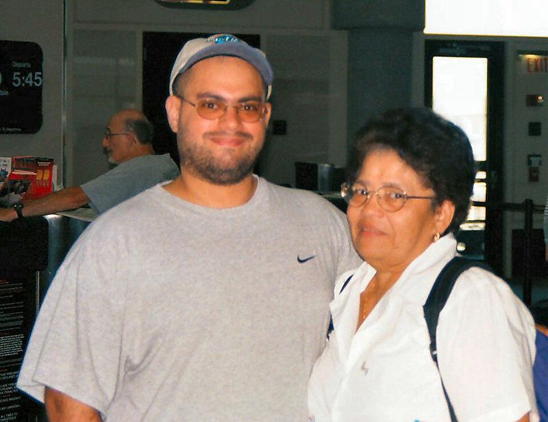 2001 08a - Mom visits Florida 030.jpg