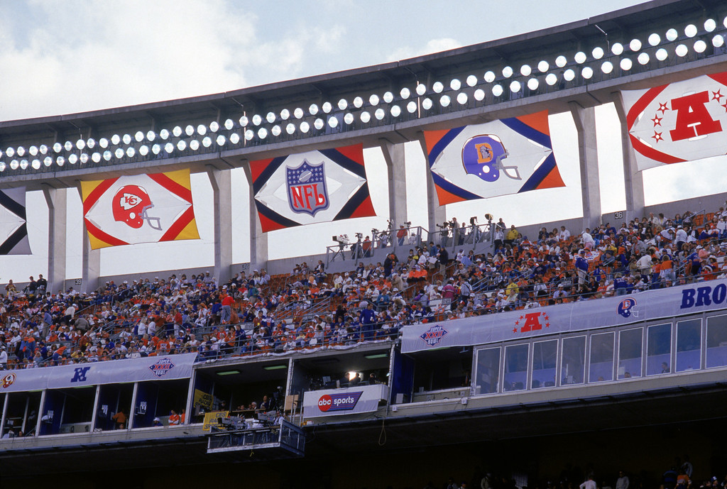 . Team banners hang along the top of Jack Murphy Stadium as the Washington Redskins and the Denver Broncos face off in Super Bowl XXII on January 31, 1988 in San Diego, California.   (Photo by George Rose/Getty Images)