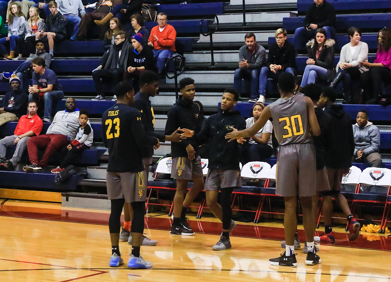Championship – Brooklyn (NY) Abraham Lincoln 61, Baltimore St. Frances 59