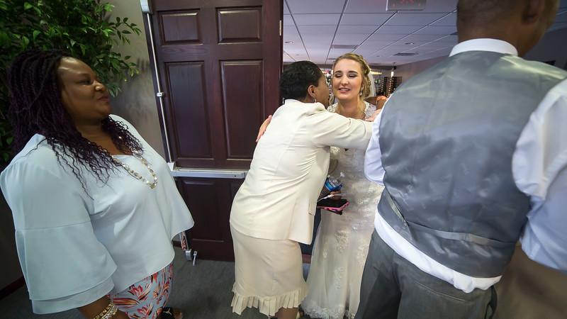 Laura & AJ Wedding (0898).jpg