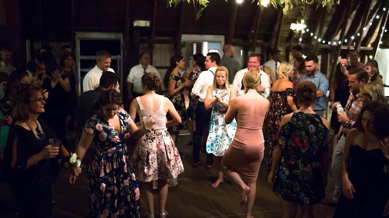 Garrett & Lisa Wedding (904).jpg