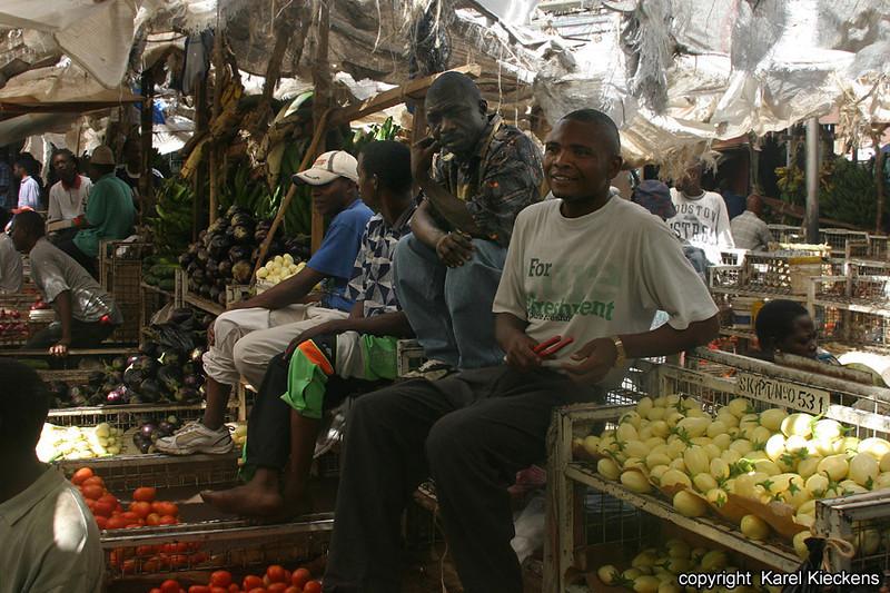 T.01_06.Dar Es Salaam_Kariakoo market.jpg