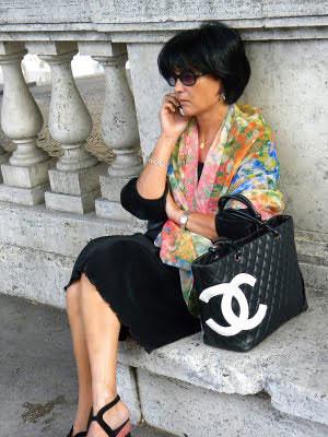 stylish italian woman